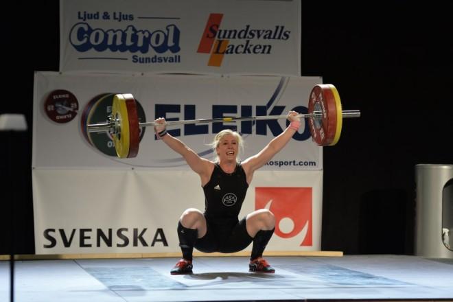 Carita Hansson, Almänna SK, SM-guld i ryck, stöt och totalt Sååå nära att klara 100 i ryck
